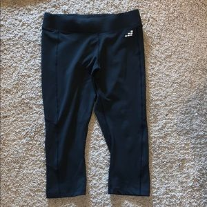 BCG Cropped Leggings. Size S